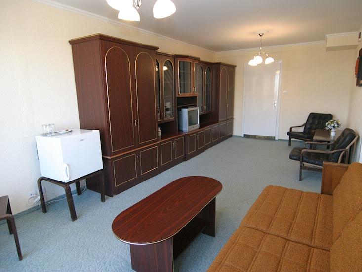 Основное здание - Suite Room