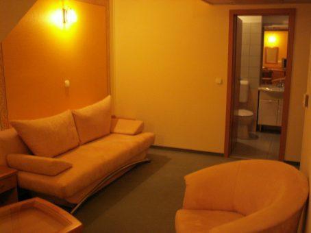 Основное здание - Lux apartman
