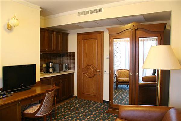 Основное здание - Suite